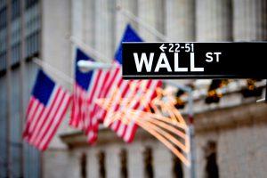 Phố Wall đóng cửa: Một kết quả hỗn hợp khi các nhà đầu tư chuẩn bị cho các chi tiết giai đoạn một